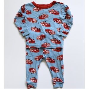 3/$20 baby gap two piece pajamas